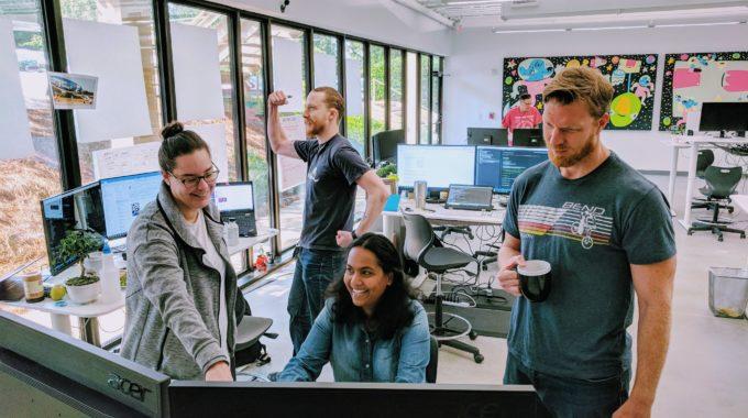 """New """"High-Five"""" Developer Joins Insiten Team"""